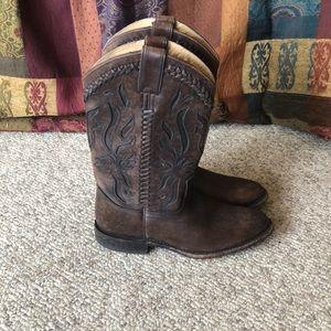 Frye Dark Brown Wyatt Inlay cowboy Boots size 8